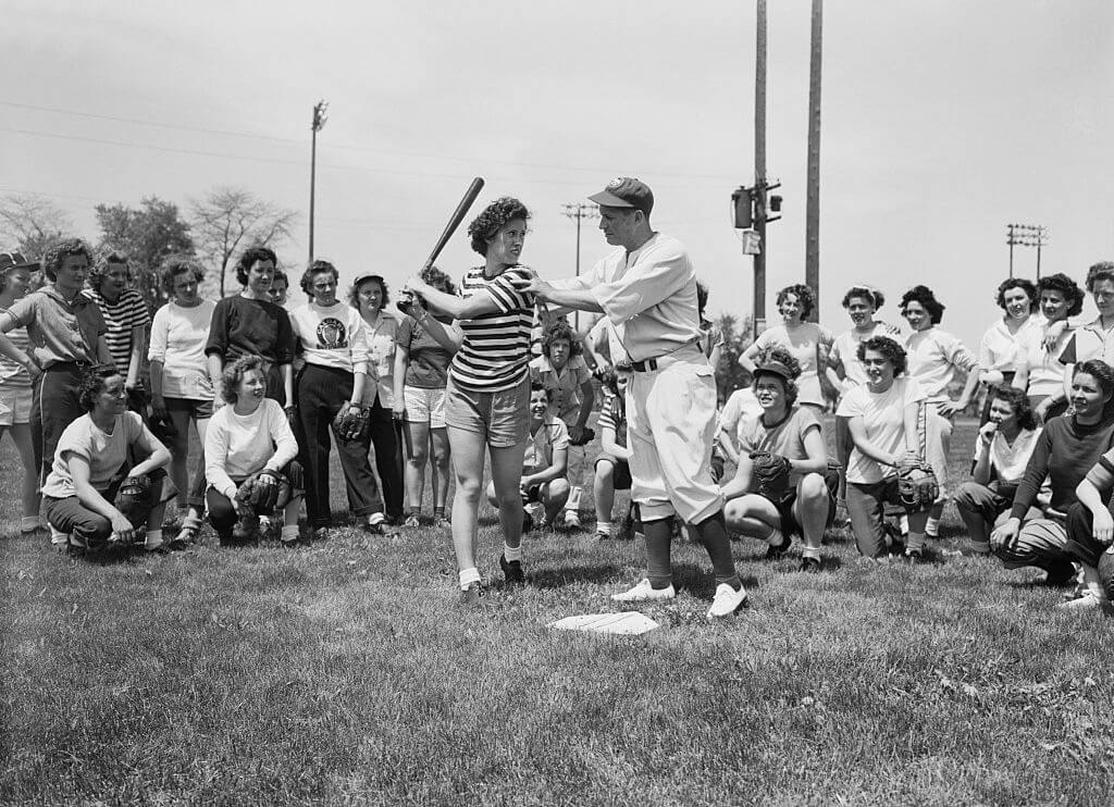 11-women-in-baseball-aagpbl-girls-baseball-36134