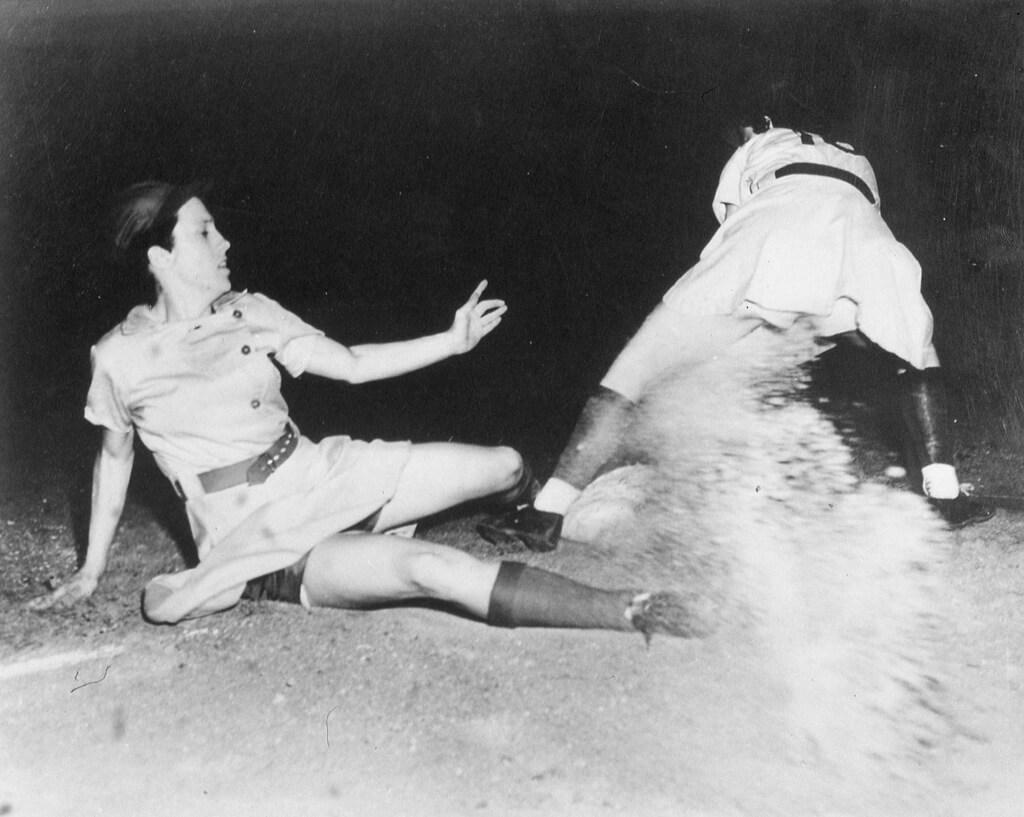 13-women-in-baseball-aagpbl-girls-baseball-17453