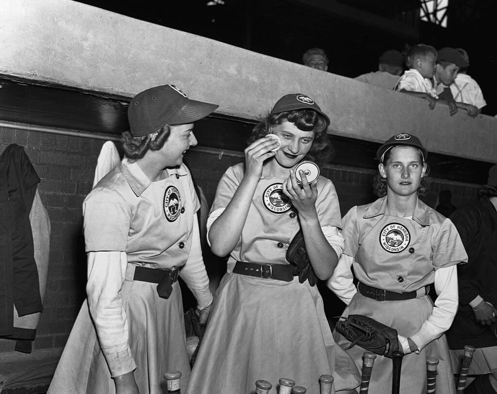 6-women-in-baseball-aagpbl-girls-baseball-83642
