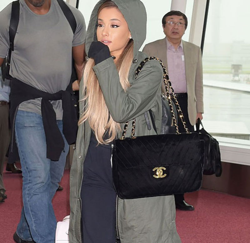 ariana grande with oversize chanel bag