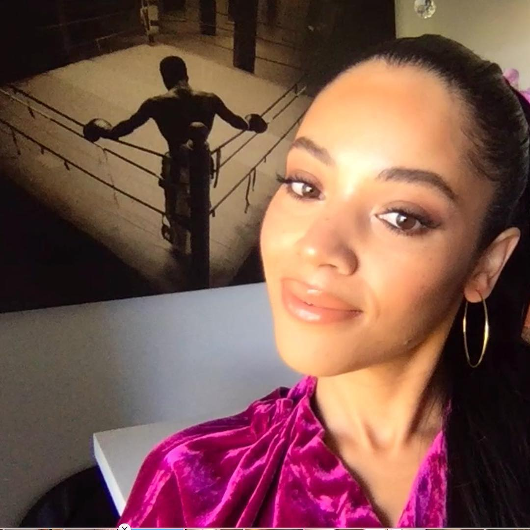 Bianca Lawson at home boxing pic background