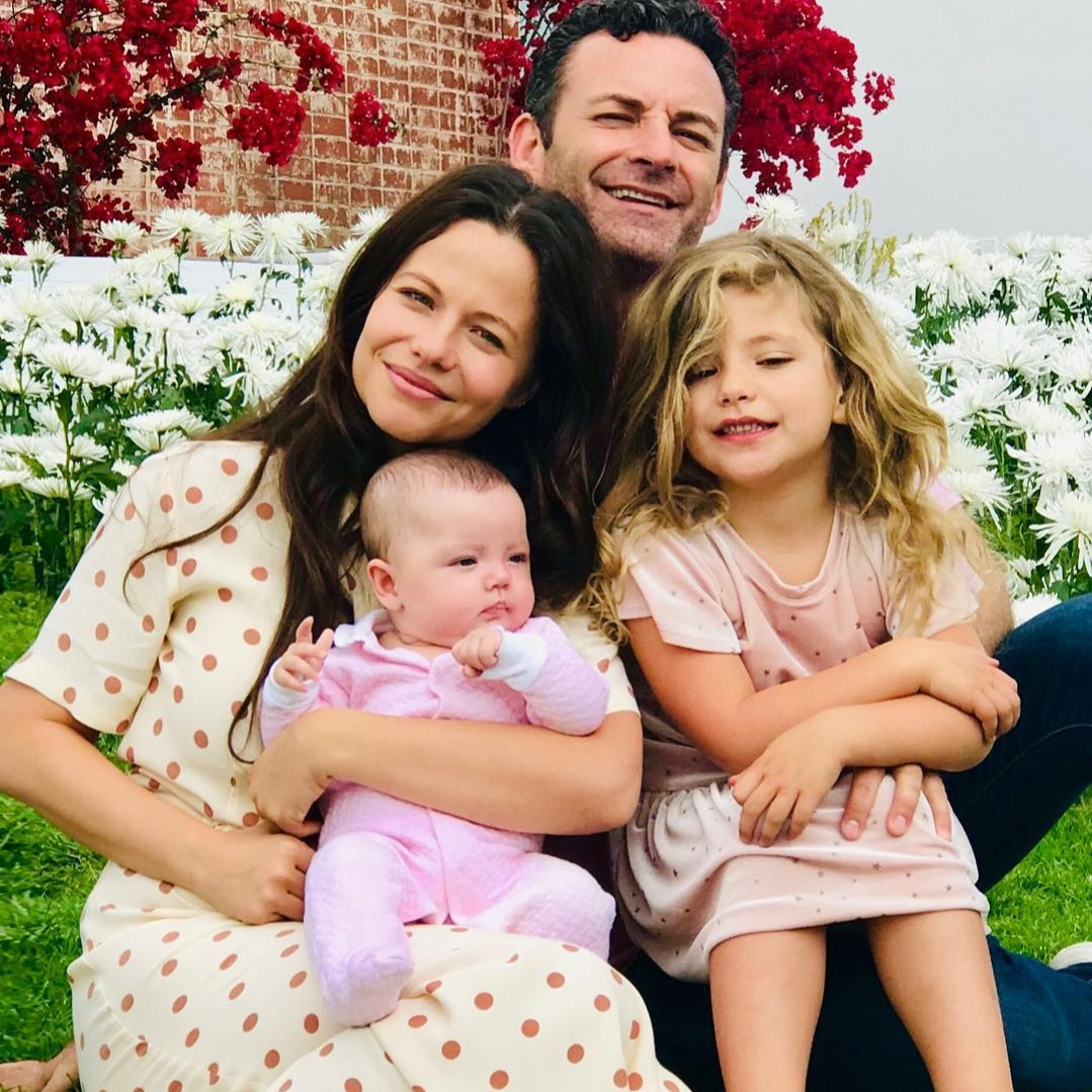 tammin sursock with her husband and daughters