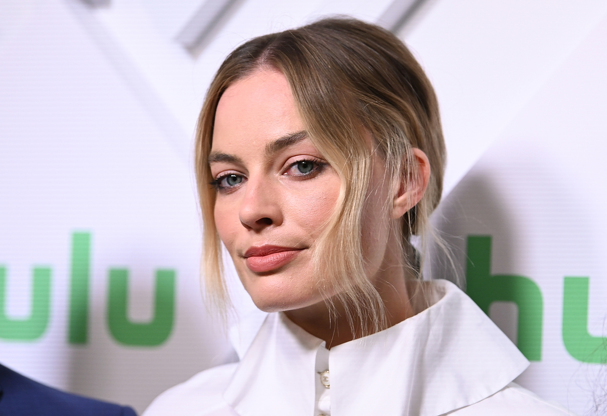 Actress/producer Margot Robbie attends 2019 Hulu Upfront at Scarpetta