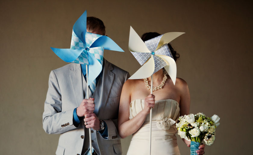 Bride and groom with pinwheels