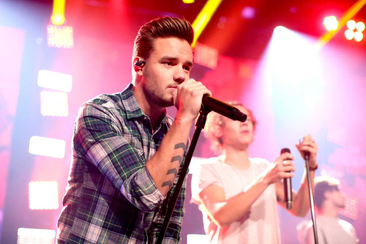 Musician Liam Payne performs onstage at the