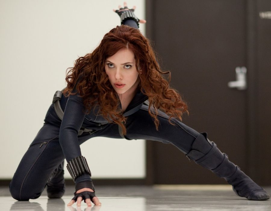black widow scarlett johannssen
