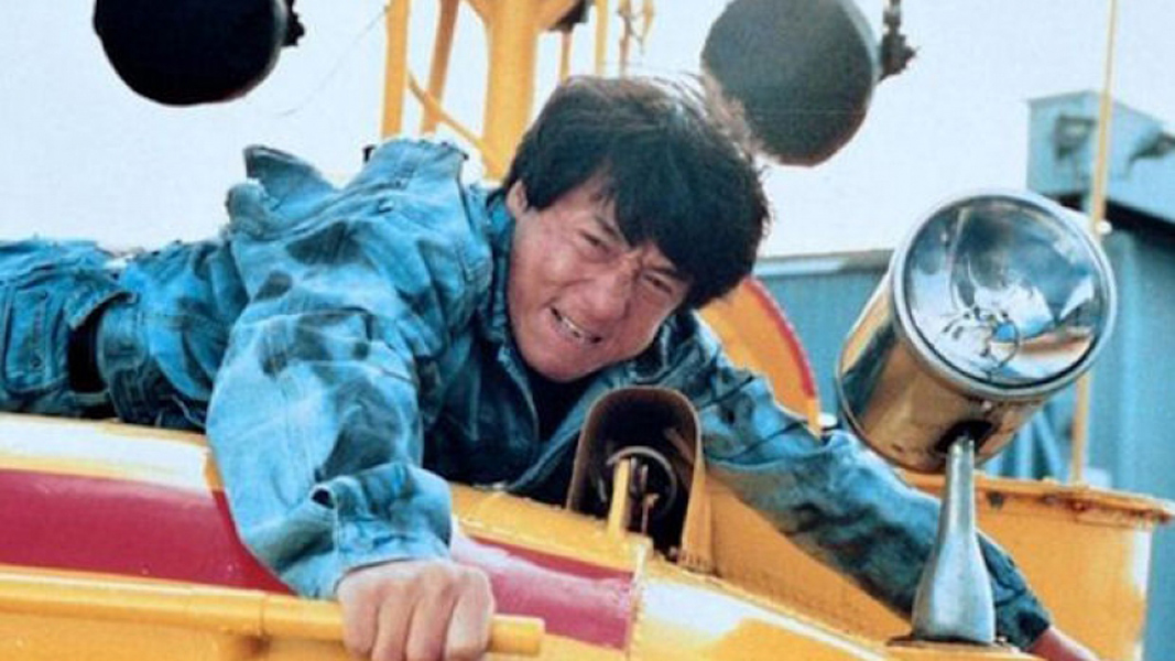 jackie_chan_leaping onto a boat and breaking his ankle