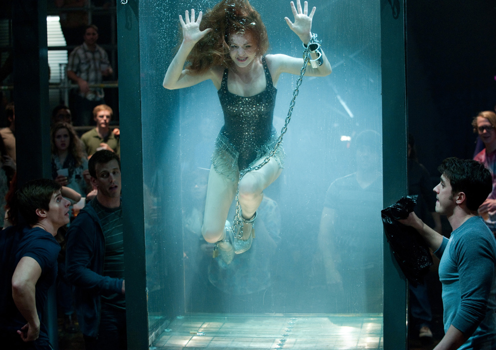 now-you-see-me_11587324 isla fisher almost stuck in water