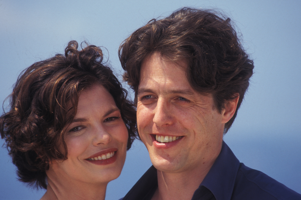 Jeanne Tripplehorn et Hugh Grant au Cannes, France 1998