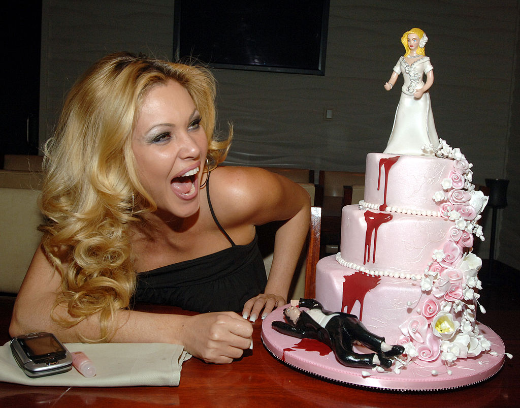 Shanna Moakler with her Divorce Cake during Shanna Moakler's Divorce Party Dinner at FIX Restuarant at The Bellagio Hotel and Casino Resort -110291007