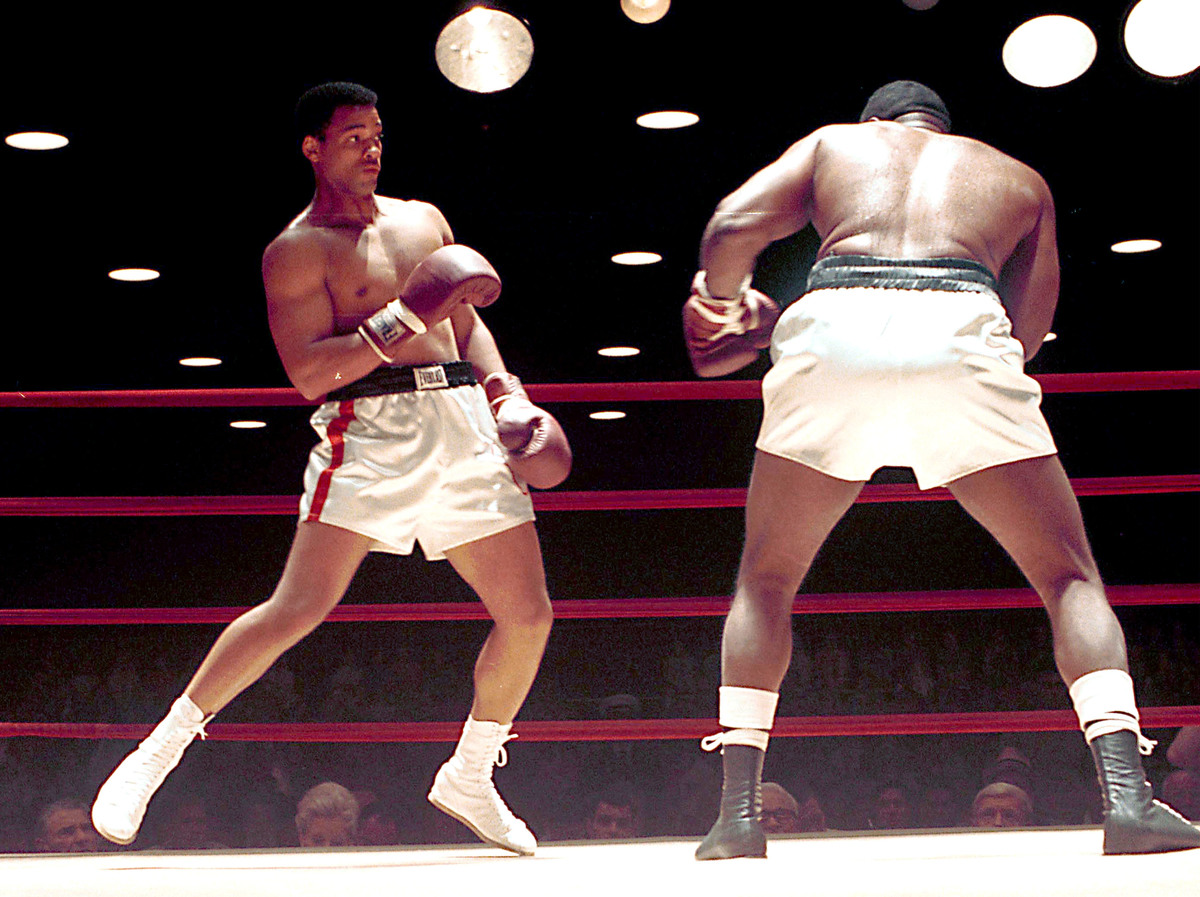 Will Smith as Muhammad Ali scene with Michael Bent