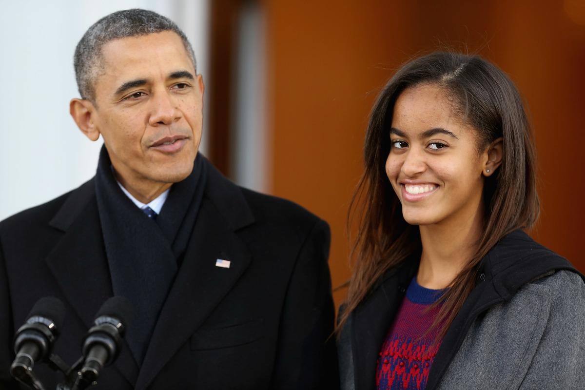 Barack and Malia Obama at the 2013 turkey pardoning