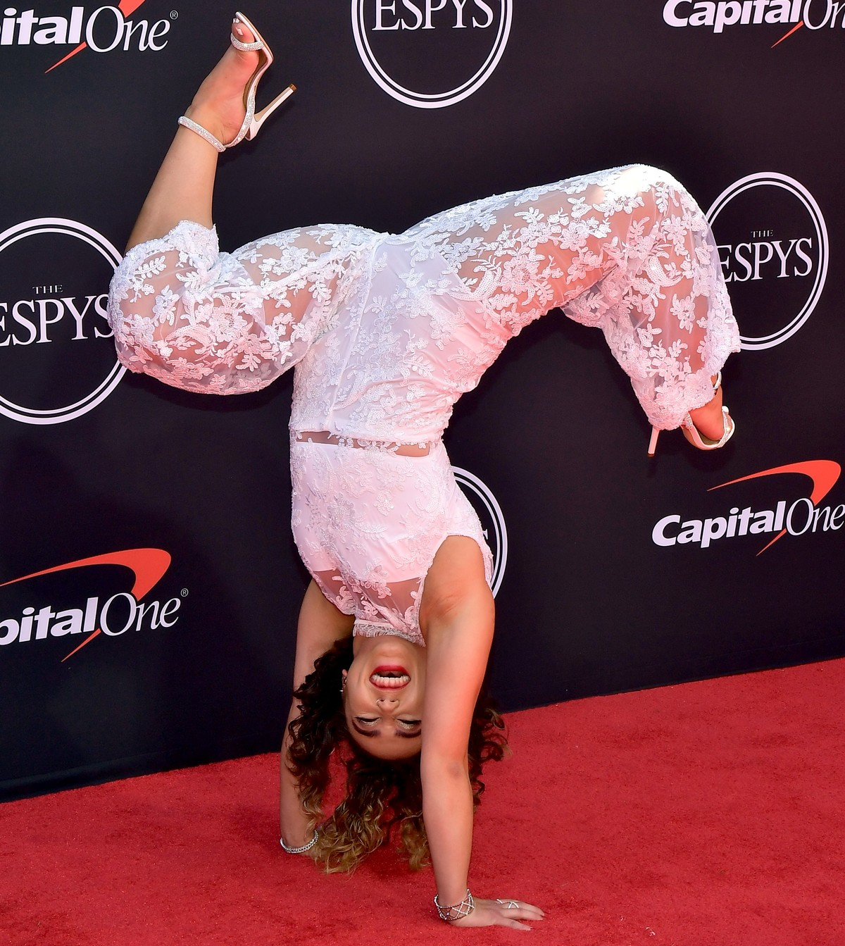 Katelyn Ohashi handstanding at the 2019 ESPY Awards red carpet