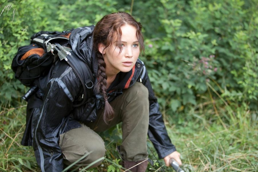jennifer lawrence katniss everdeen hunger games crouching in the game