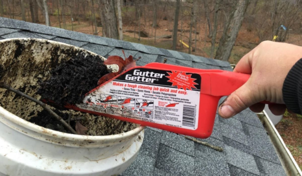 gutter getter cleaning scoop 00101 on amazon