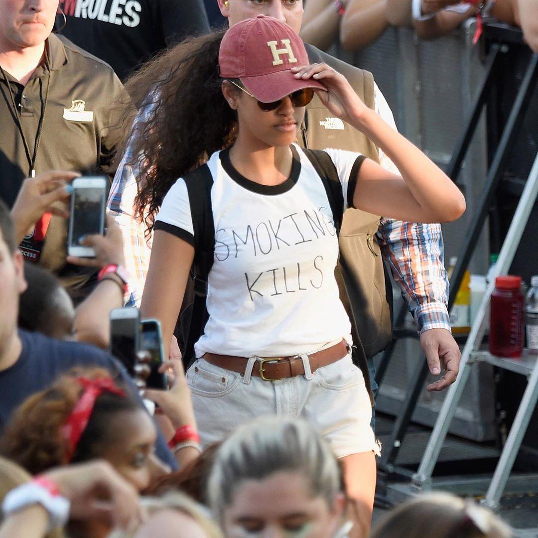 malia smoking kills shirt at lollapalooza