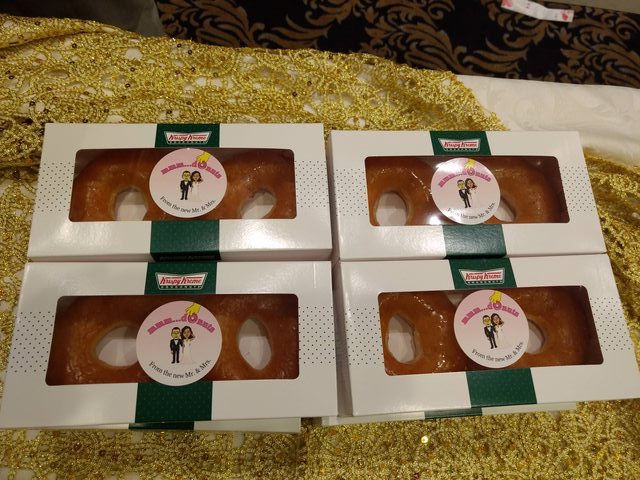 krispy kreme wedding favor