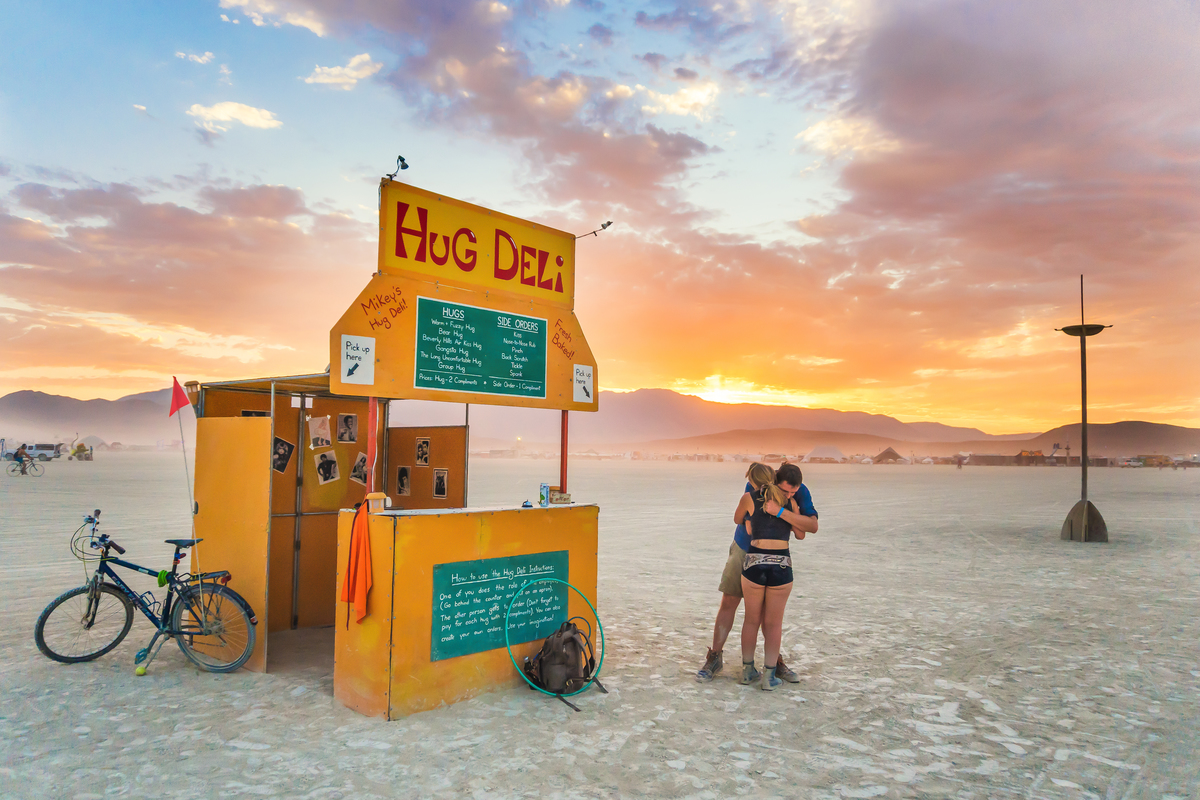 burning man hug deli
