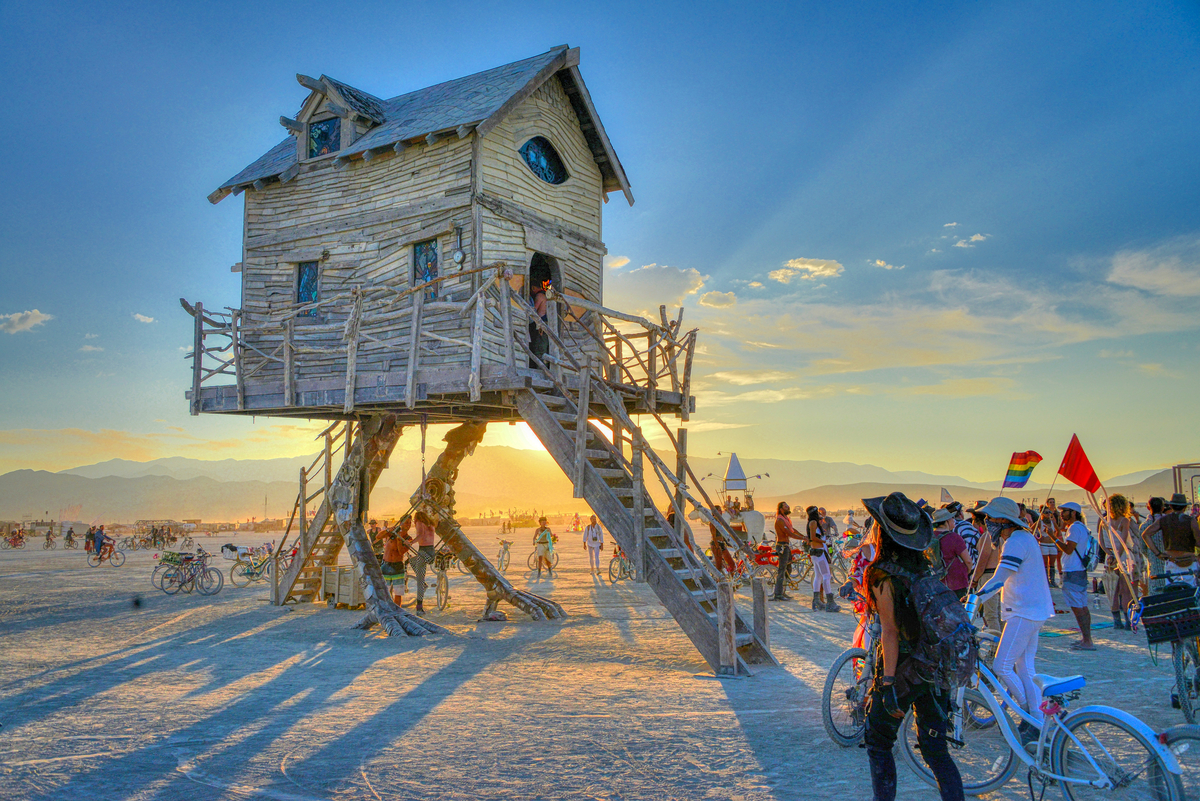 burning man house in desert