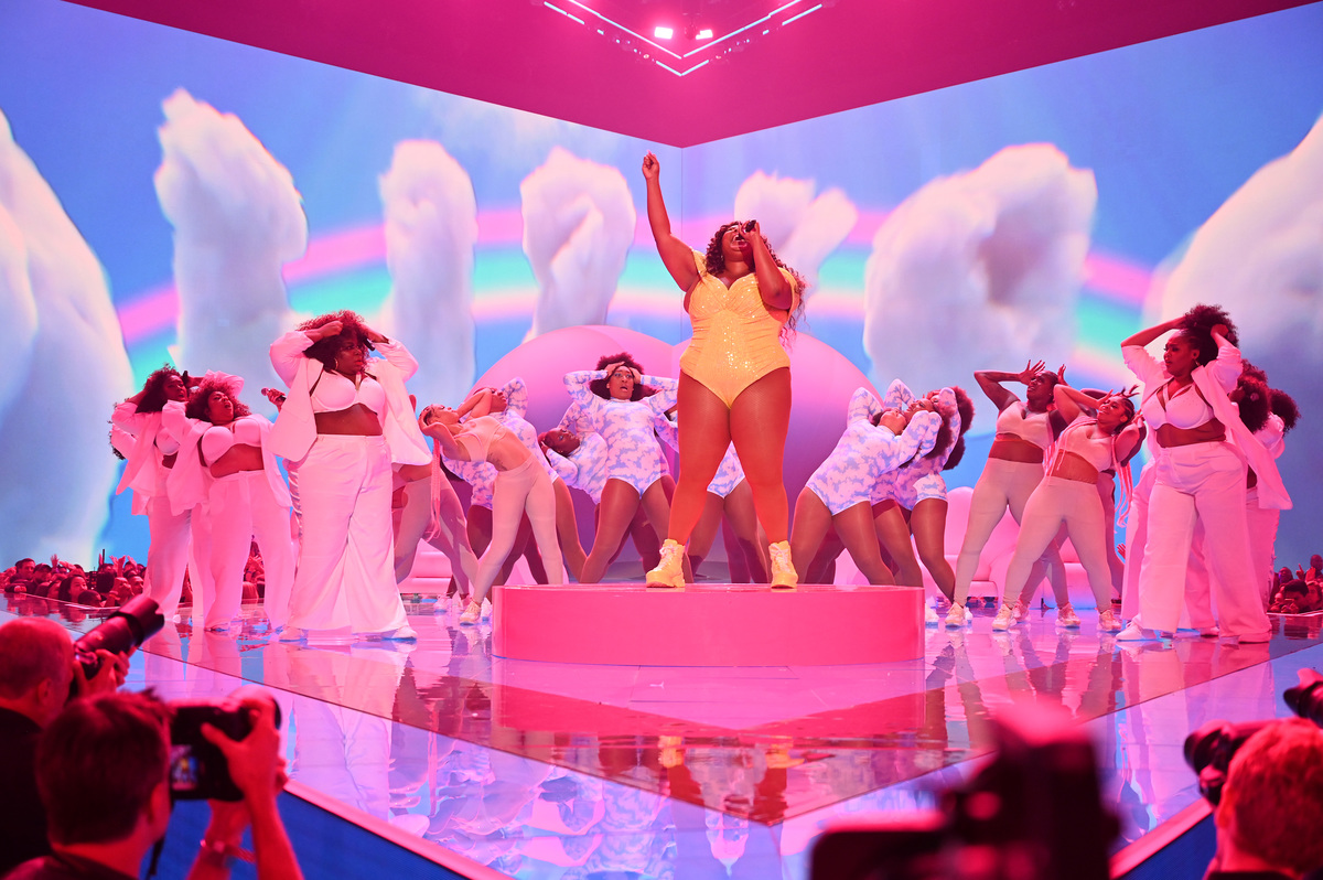 Lizzo 2019 VMA performance