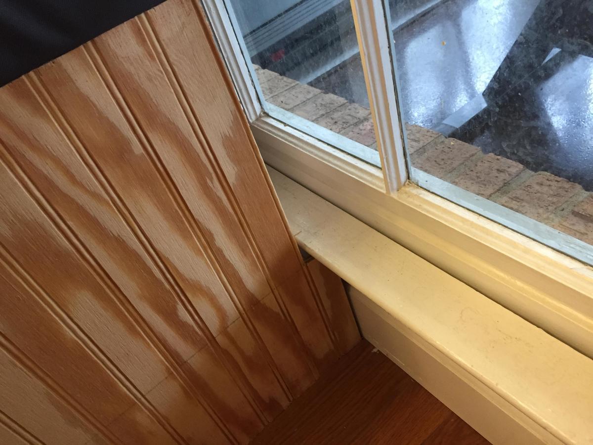 the windowed wall caused awkward gaps