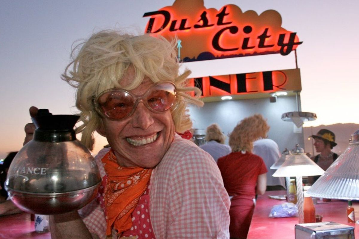 dust city diner