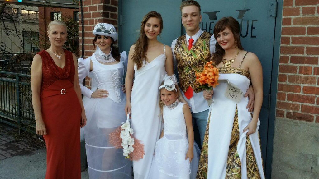 Dream theme stage wedding photo