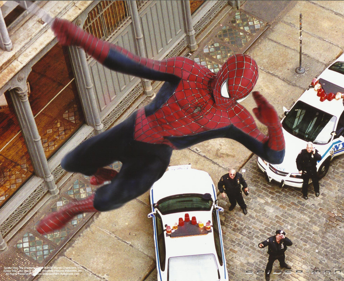 in 2002 spider man included a scene to pay tribute to new york city after 9/11