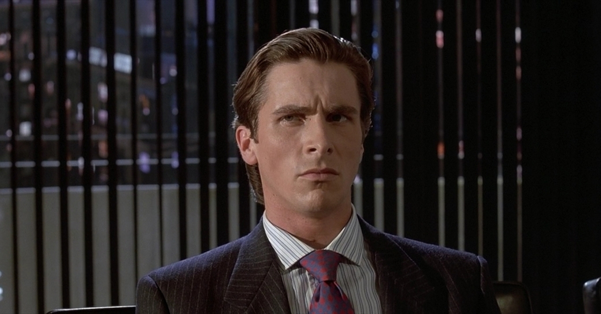 christian bale wearing a suit in american psycho
