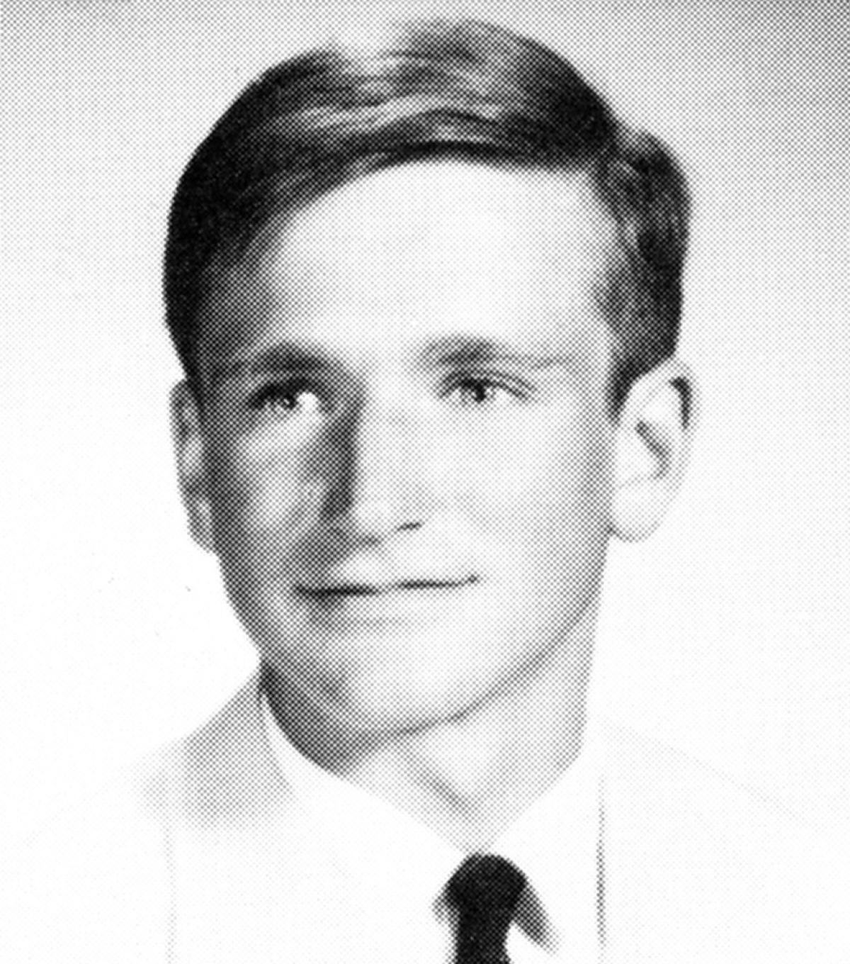 Yearbook photo of Robin Williams