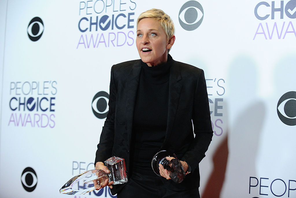 Ellen DeGeneres poses on the press room at the 2016 People's Choice Awards at Microsoft Theater