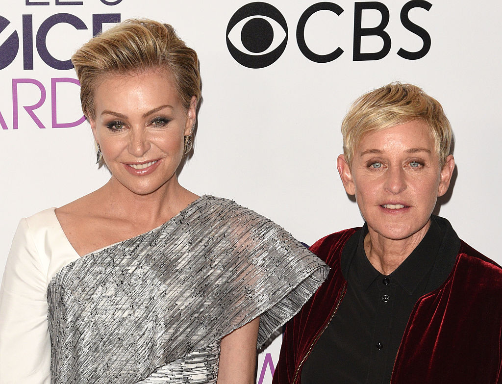 Ellen DeGeneres, Portia de Rossi poses at the People's Choice Awards 2017
