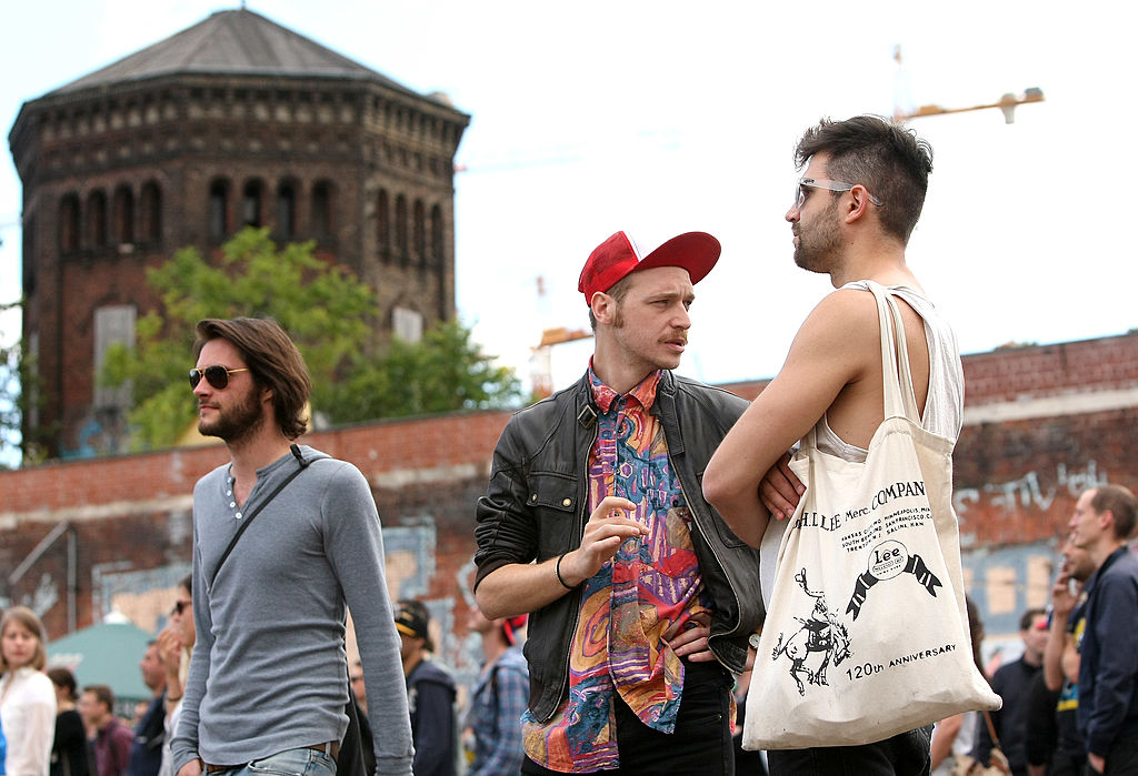 Hipsters gather at an event.
