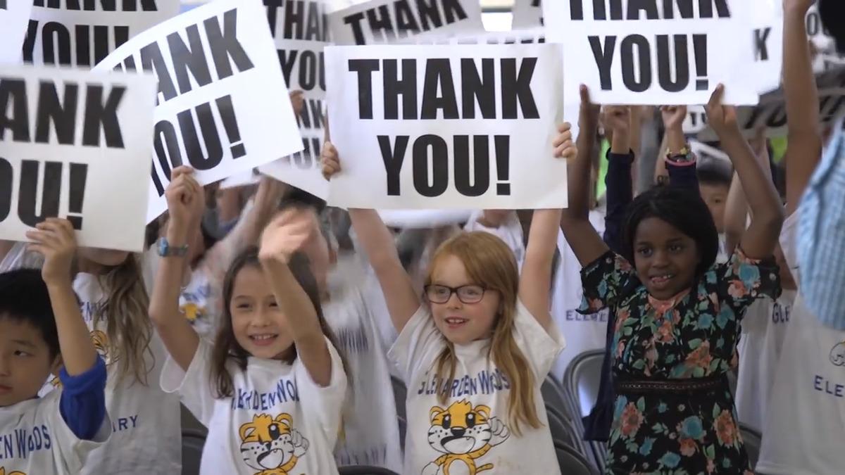 Renita Smith thank you signs