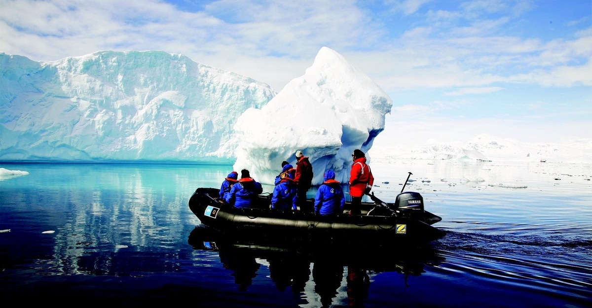 Continent 7: Antarctica Explores The Unkown