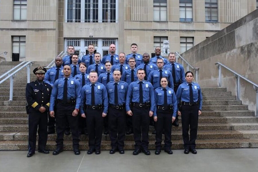 officers-in-a-row-27219