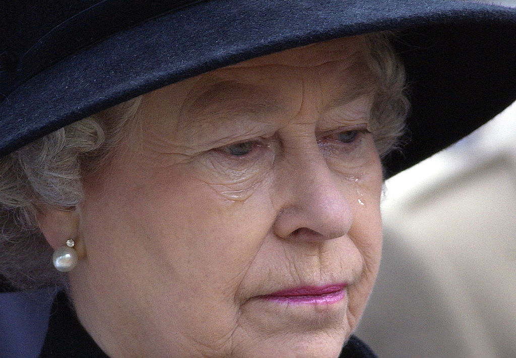 Her-Majesty-The-Queen-52116391