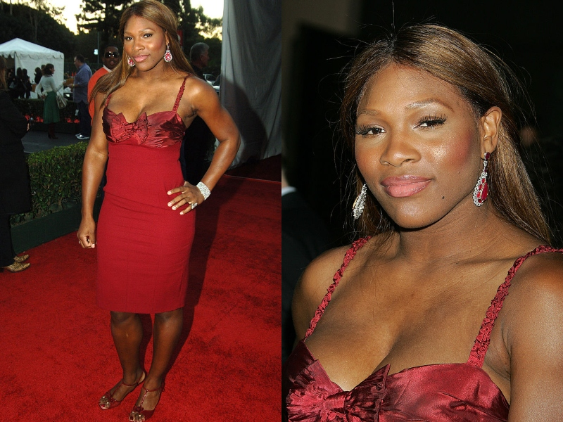 Serena Williams poses in an all red ensemble at the AMAs.