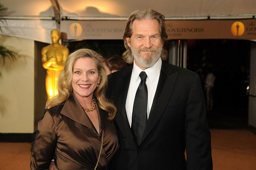 Jeff Bridges Saw His Lady From Across The Room