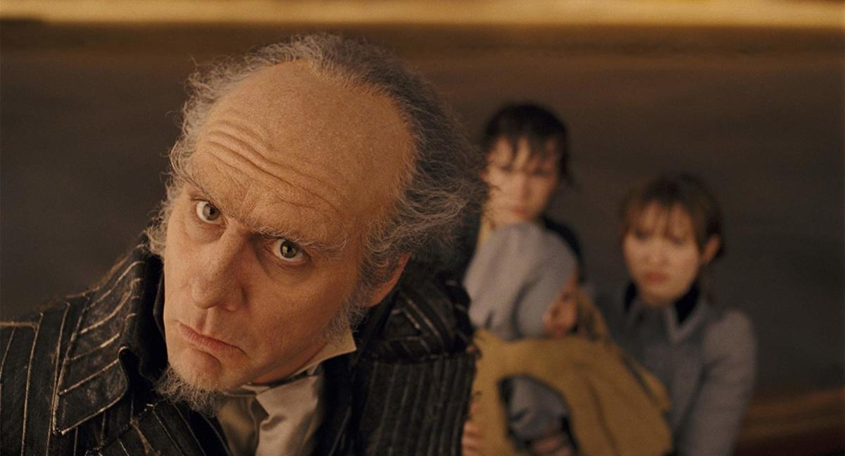 jim carrey in costume from a still in lemony snicket's a series of unfortunate events