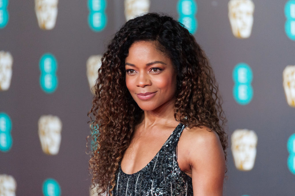 Naomie Harris Hates Her Gray Hairs So Much She Plucks Them Out