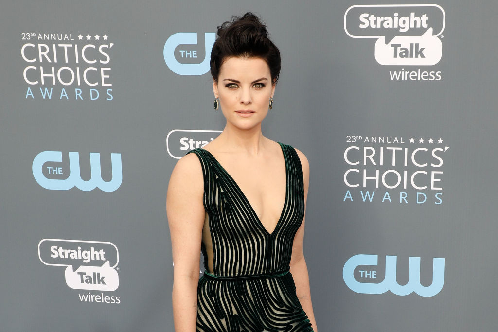 Jaimie Alexander Proudly Points Out Her Gray Hairs