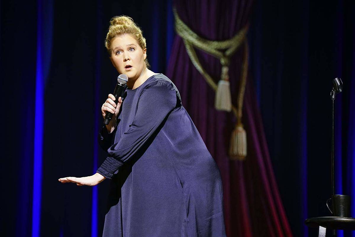amy schumer performing on stage
