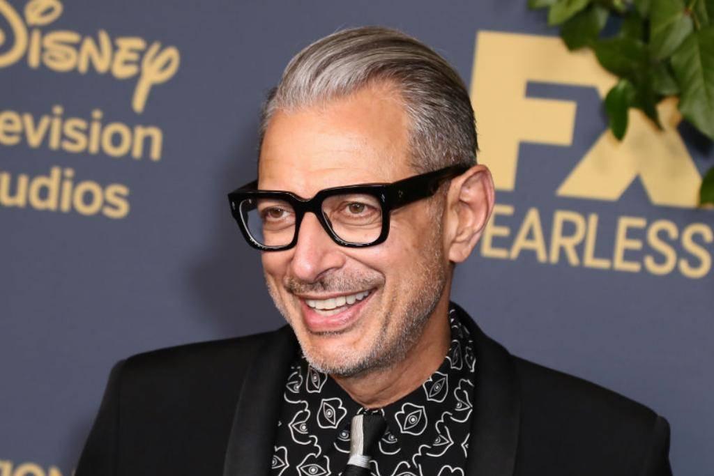 Jeff Goldblum Likes His Salt And Pepper Look
