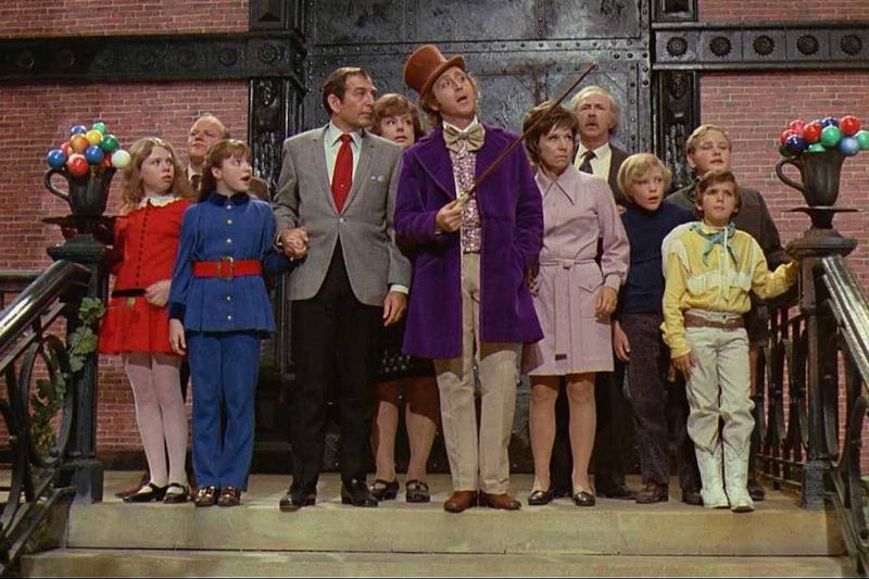 the cast of willy wonka and the chocolate factory on top of some steps