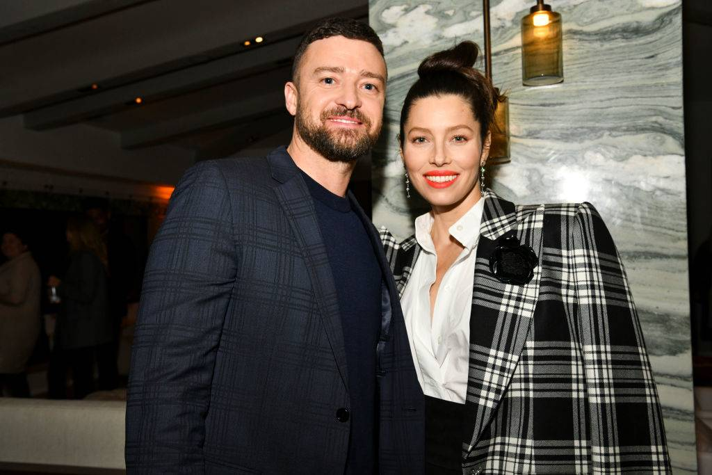 Justin Timberlake and Jessica Biel pose for photo in 2020
