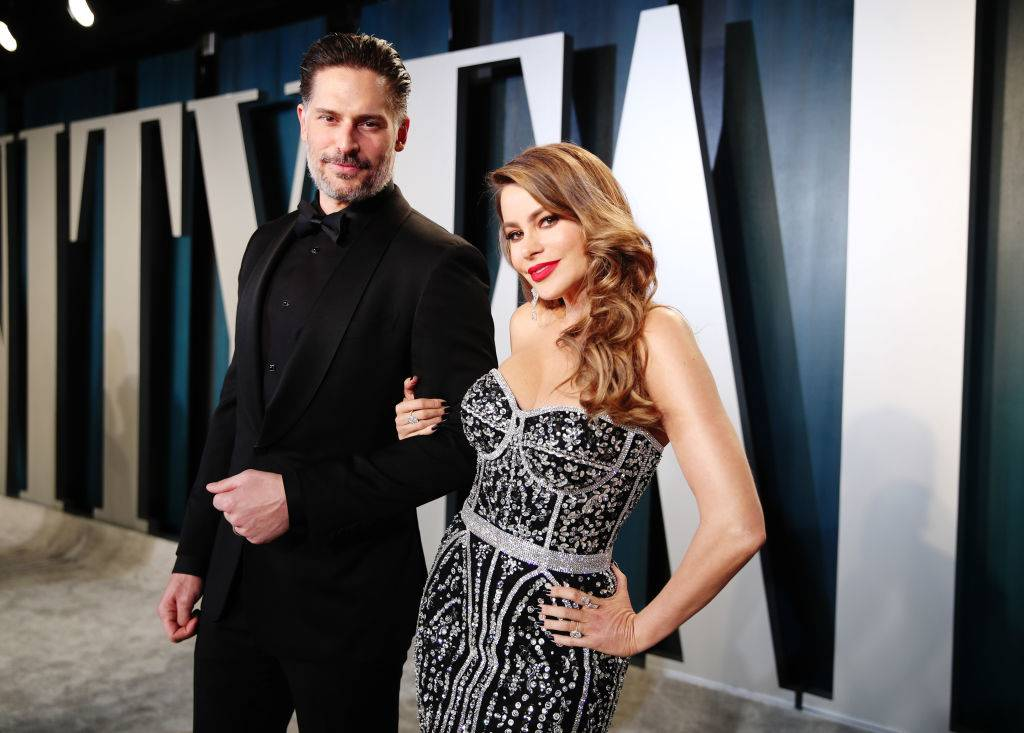 Joe Manganiello and Sofía Vergara attend the 2020 Vanity Fair Oscar Party