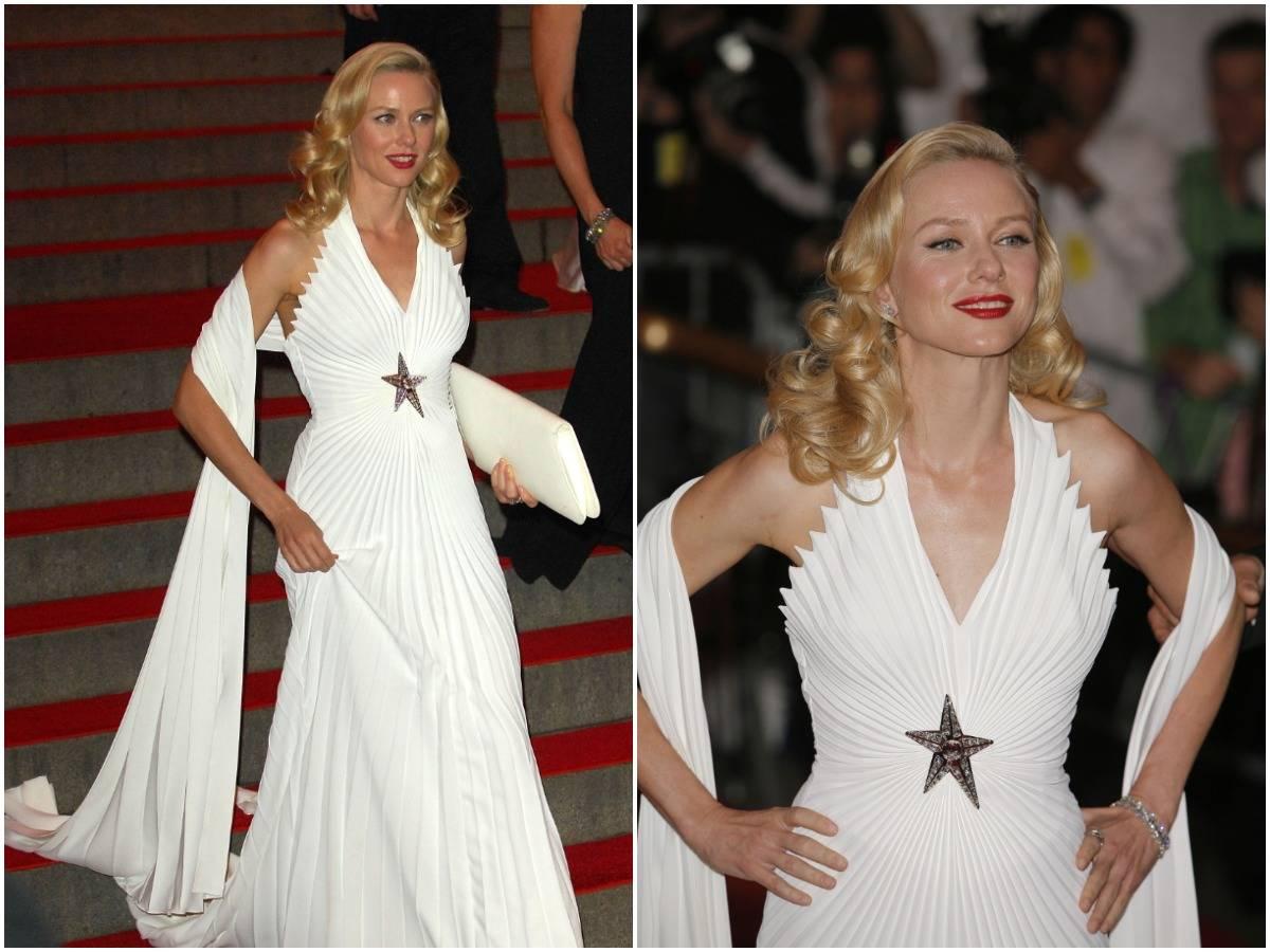 Naomi Watts poses for photos at the 2008 Met Gala.