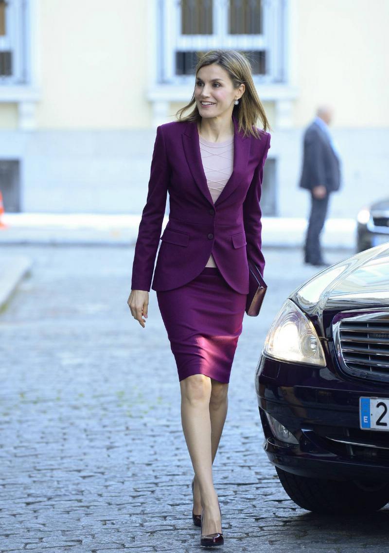 queen-letizia-hugo-boss