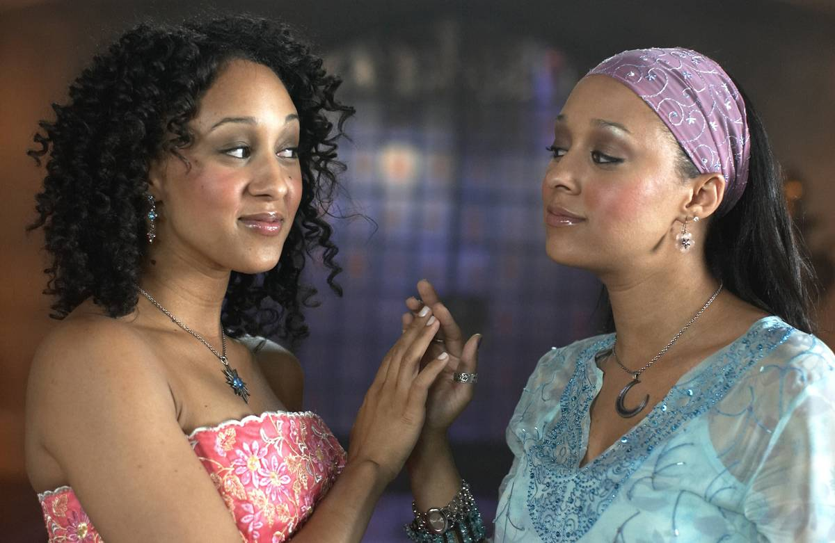 Tamera Mowry From Twitches
